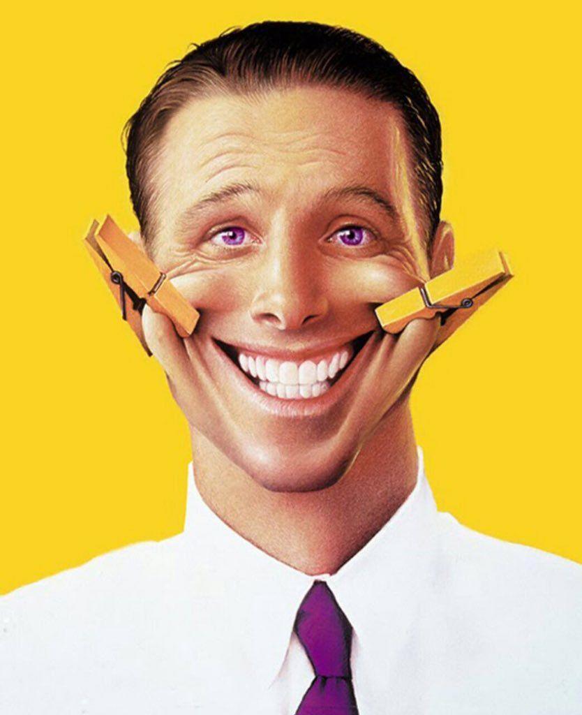 لبخند جعلی